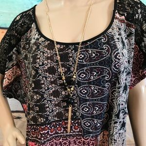 "Naïf Top with Neclace, Size 3X ""NWT"""